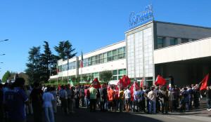 26-07-2007 sciopero dipendenti cerutti via adam oltreponte
