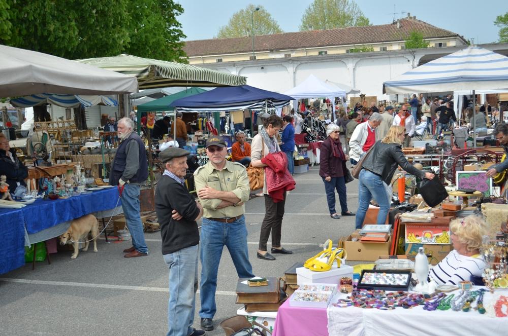 Weekend d arte e gastronomia a casale la vita casalese - Mercato antiquariato casale monferrato ...