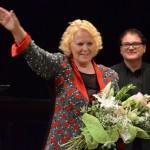 Katia Ricciarelli al termine del concerto per Vitas (foto A. Baviera)