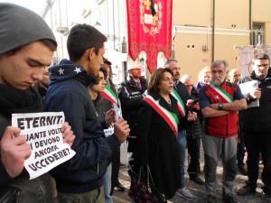 In mille in piazza Mazzini contro la sentenza beffa