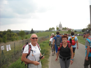 caiin cammino verso la Basilica