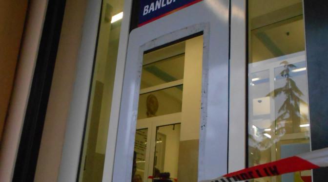 Sradicato il bancomat