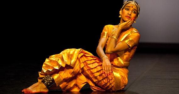 Danza contemporanea indiana sul palco di Vignale
