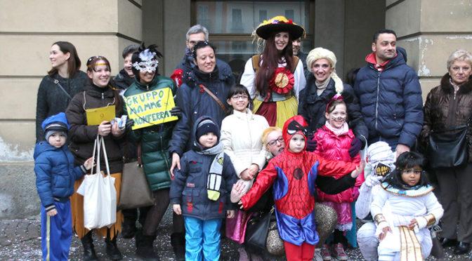 Carnevale a Casale, tra geishe e mini pompieri