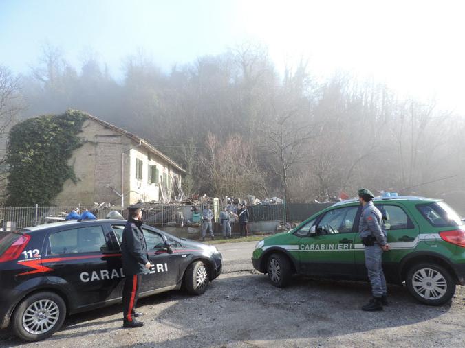 Carabinieri sequestrano la discarica di Vignale