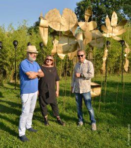 Da sinistra: il Sindaco Emanuele Demaria, l'artista Carla Crosio e il curatore Carlo Pesce