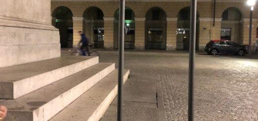 vandali in piazza Mazzini