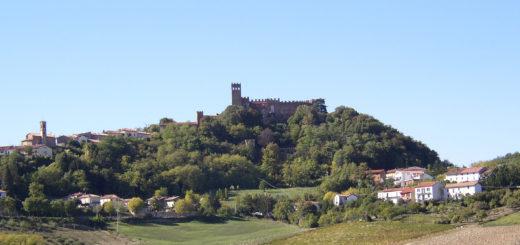 veduta del castello di camino
