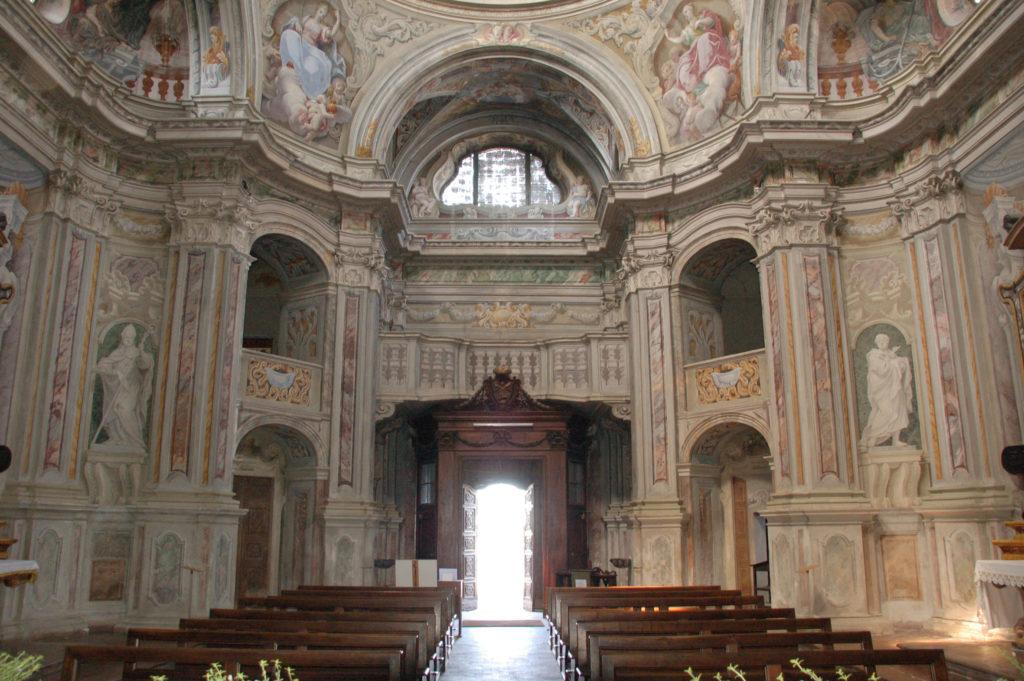 04-12-2014 chiesa di santa caterina interno