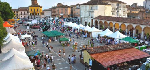 Poro Loco in piazza a Moncalvo
