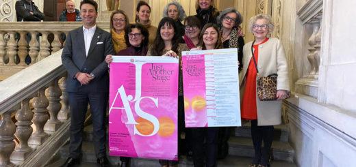 gruppo donne con Sindaco Riboldi