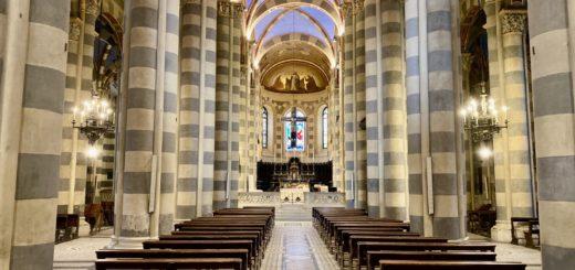 Vescovo in Duomo per il Venerdì Santo