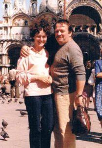 """Foto di repertorio di Paola con il marito Paolo detto """"il Drago"""""""