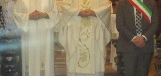 Don Pavin in chiesa
