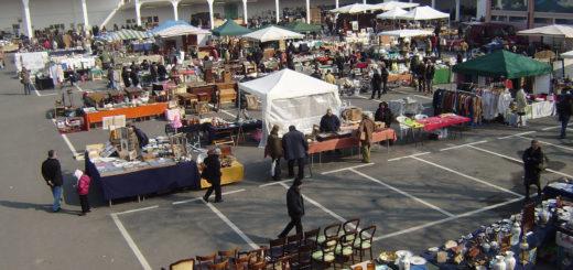 foto di repertorio del Mercatino dell'Antiquariato al Mercato Pavia