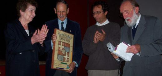 Un'immagine che risale a ottobre 2007 durante la consegna del premio per la Pace ai coniugi Carolina Ruschena e Michele Sekawin con avvocato Serianni e dottor Secondo Guaschino (ultimo a destra)